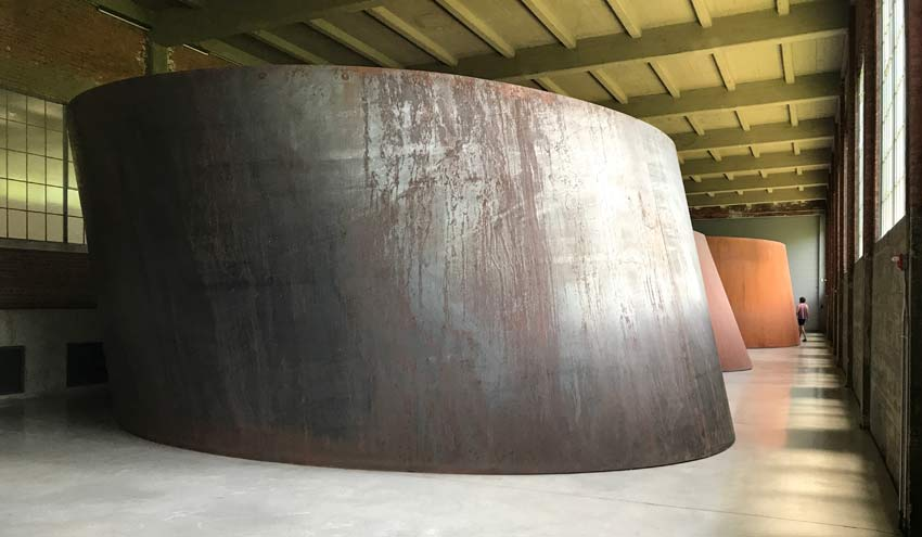 installation of sculptures by Richard Serra